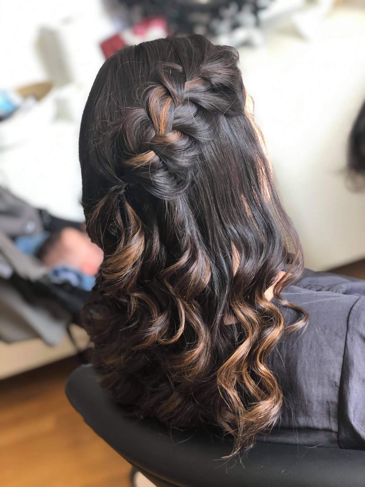 Coiffeuse Mariage #280770772
