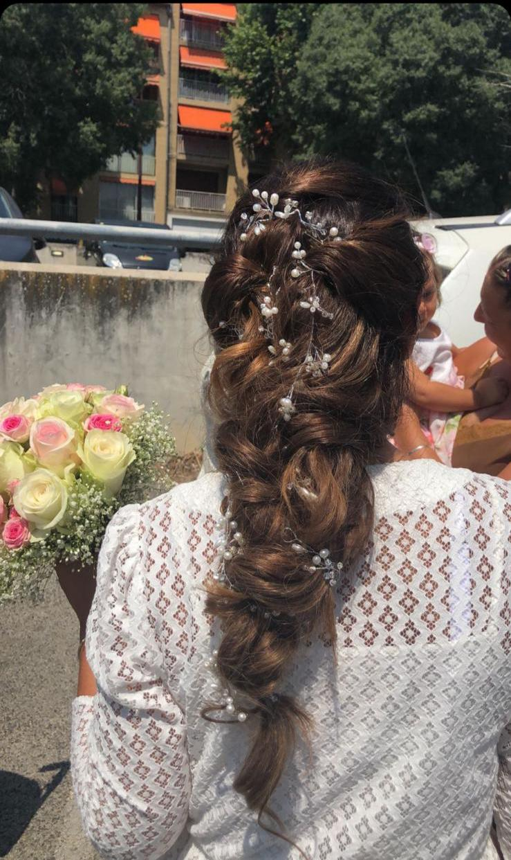 Coiffeuse mariage Marseille France #280770778