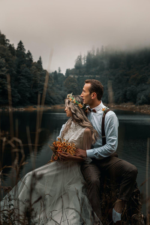 Coiffeuse pour mariage en France #280770773