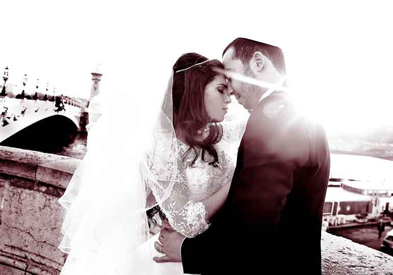 Photographe mariage Paris France #182770773
